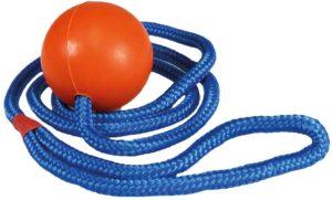 TRIXIE Ball mit Seil_Hundespielzeug
